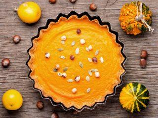 Festive puFestive pumpkin piempkin pie