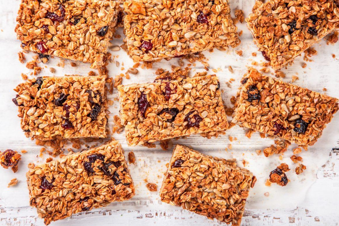 homemade protein granola bars - Healthy Junk Food