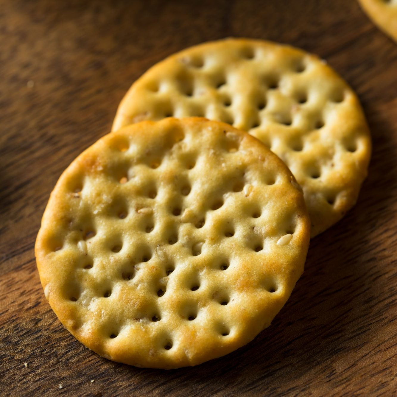 Round Whole Wheat Crackers - Healthy Junk Food
